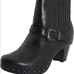 EUC Dansko Rihanna boots in size 7